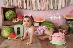 Smash Cake First Birthday, First Birthday Party Themes, Baby First Birthday, Birthday Party Decorations, Watermelon Birthday Parties, Lilo E Stitch, 1st Birthday Pictures, Cake Pictures, First Birthdays