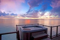 Experience luxury like no other, the Sun Siyam Iru Fushi Maldives is set in a resort in the heart of Noonu Atoll, amidst tropical gardens circled by white sand beaches✨ Best Resorts, Vacation Resorts, Maldives Resort, Resort Spa, Villa Plus, Honeymoon Deals, Maldives Holidays, Tourism Development, Water Villa