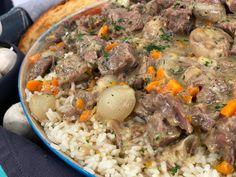 Μοσχαράκι Μπλανκετ με Λαχανικά και Ρύζι - Lambros Vakiaros Kai, Pot Roast, Beef, Ethnic Recipes, Food, Carne Asada, Meat, Roast Beef, Essen