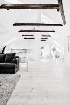Positively Beaming: Woods + Whites — UP KNÖRTH