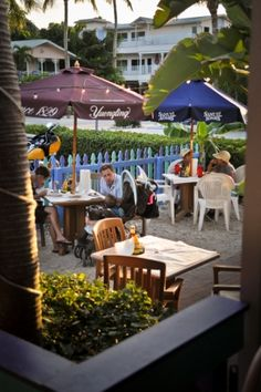 RC Otter's Captiva Island, Florida restaurant. Photo credit Gary Jung