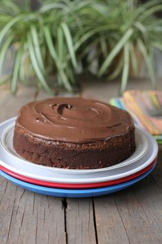 With the Christmas season here, I have an easy dessert recipe, Chocolate Mud Cake for you. Easy to make chocolate cake that kids will enjoy.