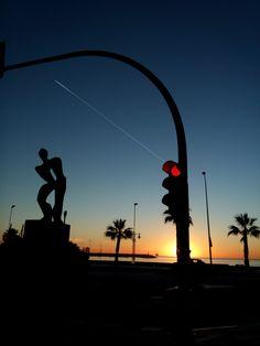 Amanecer en Huelin, Málaga www.baresdemalaga.com