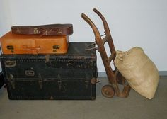 chicago movers - Contact now professionals in leading apartments and offices, moving services at the best prices, reliability and responsibility! A recommended transport company, supervised and signed to strict work procedures. Companies In Usa, Transport Companies, Best Movers, Professional Movers, Moving Services, We The Best, Beach Trip, Beach Travel, Vintage Travel