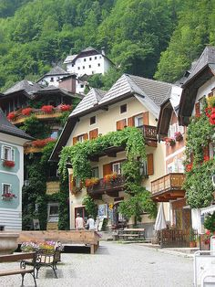 Town Square, Hallstatt, Austria. I miss this. I want to go back to Germany and Austria so badly.