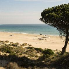 Erlebe eine wundervolle Sommerwoche an der Costa de la Luz und genieße deinen Spanien Urlaub im 4-Sterne Hotel Isla Cristina …