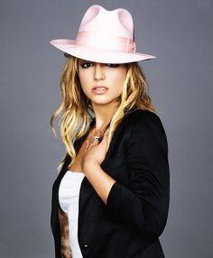 Britney spears upskirt meat flaps