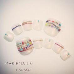 Hanako GotohさんはInstagramを利用しています:「今日発売のNAIL VENUS載ってるよーん。5 #Bohemian のサンダルに合わせる#footnail #ジャラ付けアクセ風 #nail#nails#nailaddict#nailist#nailartwow#nailart#nailpool#nailswag#nailstaglam#instanail#handpaint#naildesin#love#happy#ネイルアート#ネイル#ジェル#ジェルネイル#ネイルデザイン#手描きアート#marienails#マリーネイルズ#Bohemian」