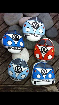 Easy Paint Rock For Try at Home (Stone Art & Rock Painting Ideas) Pebble Painting, Pebble Art, Stone Painting, Diy Painting, Rock Painting Ideas Easy, Rock Painting Designs, Paint Designs, Stone Crafts, Rock Crafts