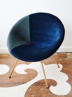 if we ever need to reupholster the potato chip chair this is so it. Before & After: Retro Chair Reaps Benefits of Reupholstery — Lonny Chair Makeover, Furniture Makeover, Diy Furniture, Furniture Design, Chair Redo, Retro Furniture, Metal Chairs, Blue Chairs, Arm Chairs