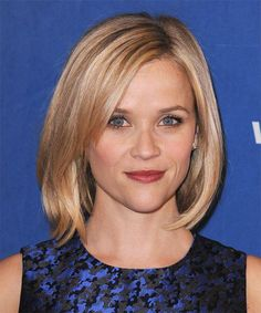 Reese Witherspoon Medium Straight Casual Bob Hairstyle – Strawberry Blonde Hair Color with Light Blonde Highlights - Coiffure Sites Medium Bob Hairstyles, Haircuts For Fine Hair, Casual Hairstyles, Celebrity Hairstyles, Straight Hairstyles, 2014 Hairstyles, Haircut Medium, Elegant Hairstyles, Bob Hairstyles