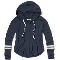 Hollister Cozy Textured Fleece Hoodie (650 MXN) ❤ liked on Polyvore featuring tops, hoodies, navy, blue hoodie, lightweight hoodies, navy blue hooded sweatshirt, navy blue hoodie and fleece hoodies