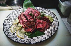 Tataki kobe.  #tataki #kobe #japanese #restaurant #sushibar #lime #sopleteado #work #ourense #ourensekyoto by nibbeln
