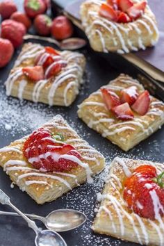 Mansikkaviinerit Finnish Recipes, Sweet Pastries, Recipes From Heaven, Food Humor, Sweet Cakes, Dessert Recipes, Desserts, I Love Food, My Favorite Food