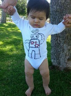 Wind me up! Check out the gears on this little guy from Nuts & Bolts Collection $26 #kidsclothing #firstbatch #robots #perfectlybaked #nutsandbolts #onesie #whiteonesie #babies #clothing #kids #coolkids #coolbabies