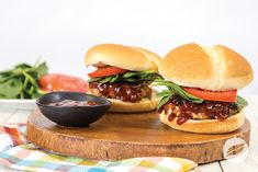 Wildtree is a personalized recipe and menu planning website with organic, GMO free products available for purchase! Teriyaki Chicken, Bbq Chicken, Ground Chicken Recipes, Hamburger Buns, Freezer Meals, Pulled Pork, Grilling Recipes, Salmon Burgers