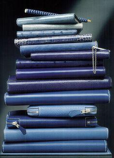Le Monde d'Hermès wallets