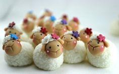 Resultados de la Búsqueda de imágenes de Google de http://img2.mlstatic.com/souvenirs-en-porcelana-fria-adornos-popcakes-cupcakes_MLA-O-3266645606_102012.jpg