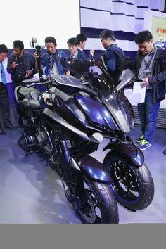 Yamaha MWT-9 at Tokyo Motor Show 2015