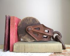 Barn Pulley Industrial Bookend / Antique Cast Iron and Wood Pulley / Farmhouse Rustic Industrial Decor