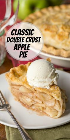 Classic Double Crust Apple Pie recipe from RecipeGirl.com #classic #double #crust #doublecrust #apple #pie #recipe #RecipeGirl Double Crust Apple Pie Recipe, Apple Pie Recipes, Cheesecake Recipes, Cookie Recipes, Dessert Recipes, Fun Desserts, Easy Holiday Recipes, Fun Easy Recipes, Vegetarian Recipes Easy