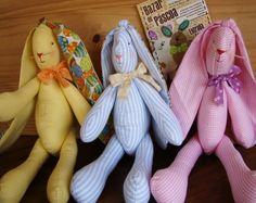 Cute bunnys, no instruction just inspiration...but it looks like a Tilda pattern...