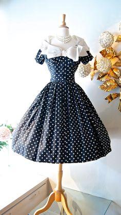 Vintage Dress / ~1950s polka dot dress~ at Xtabay. Cute neckline.