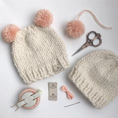 Learn how to sew foldover garment tags onto your crochet and knit pieces with embroidery floss and a needle! Garment tags add a beautiful and professional finishing touch to your handmade creations! Baby Hat Knitting Pattern, Baby Hats Knitting, Loom Knitting, Knitted Hats, Knitting Patterns, Crochet Patterns, Diy Craft Projects, Crochet Projects, Crafts