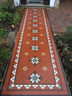 Home Tiles Design, Home Room Design, Floor Design, House Design, Garden Design, Victorian Front Garden, Chettinad House, Porch Tile, Foyer Flooring
