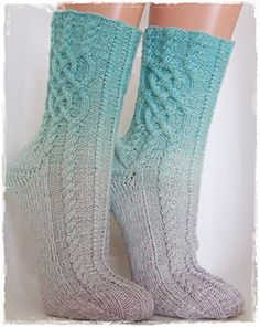 Ravelry: Eisprinzessin pattern by Katrin Klaffenböck Crochet Socks, Knitted Slippers, Knitting Socks, Hand Knitting, Knit Socks, Knitting Machine, Crochet Granny, Lace Knitting Stitches, Loom Knitting Patterns