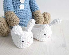 Sleepy teddy in pajamas amigurumi crochet pattern by Kristi Tullus Crochet Teddy Bear Pattern, Crochet Animal Patterns, Amigurumi Patterns, Crochet Toys, Crochet Baby, Knitting Projects, Crochet Projects, Sleepy Bear, Spiral Crochet