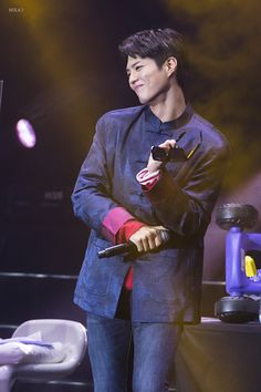 """161217 ♡ park bogum asia tour fanmeeting in hong kong  holabogum // do not edit or remove watermark."""