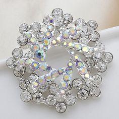 Fashion Beautiful White Flower Rhinestone Women Wedding Brooch[US$2.81]