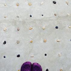 女性で、Otherのお気に入り♡/ビー玉/洗い出しタイル/玄関/入り口についてのインテリア実例を紹介。「玄関ポーチ♡洗い出しに小石とビー玉入れてもらいました。子どもは裸足で足ツボマッサージしてまふ☺︎」(この写真は 2014-07-11 00:01:02 に共有されました)