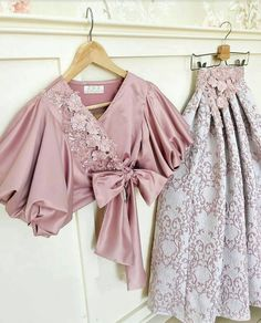 Which One ? Kids Blouse Designs, Choli Designs, Designer Party Wear Dresses, Indian Designer Outfits, African Fashion Dresses, Hijab Fashion, Fashion Skirts, Dress Queen, Lehnga Dress
