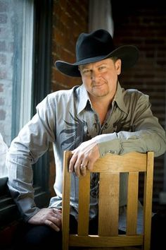 Tracy Lawrence -- I have seen him live