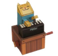 love love love this paper craft of keyboard cat!