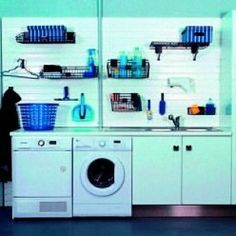 buanderie dans le garage Washing Machine, Home Appliances, Organiser, Delaware, New York, Ideas, Design, Clothes Basket, Wash Board