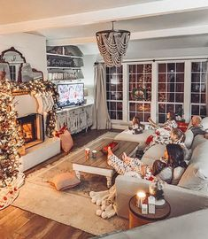 A Cozy Couch for our Big Family! - Cotton Stem A Cozy Couch for our Big Family! – Cotton Stem Source by Cozy Family Rooms, Big Living Rooms, Christmas Living Rooms, Family Room Decorating, Family Room Design, Home Living Room, Christmas Home, Living Room Designs, Living Room Decor