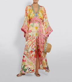 Shop Camilla at Harrods and earn Rewards points, in-store and online. Retro Fashion, Boho Fashion, Fashion Dresses, Vintage Fashion, Fashion Design, Kimono Fashion, Kimono Coat, Silk Kimono, Ibiza Outfits