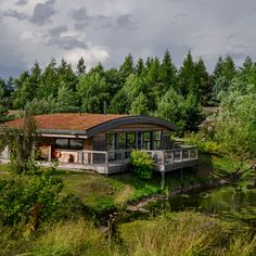 With 21 luxurious lodges sleeping over 120 guests, all your guests can stay onsite for a wedding at Brompton Lakes. Bring on the wedding weekend! Unique Wedding Venues, Lodge Wedding, Brompton, Wedding Weekend, North Yorkshire, Holiday Destinations, Lodges, Countryside, Luxury Homes
