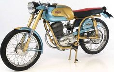 Vintage and Classic Italian Road and Racing Motorcycles, Mopeds and Scooters Vintage Bikes, Vintage Motorcycles, Vintage Cars, Racing Motorcycles, Standard Motorcycles, Classic Italian, Motorbikes, Vehicles, Euro