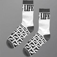 Skarpetki Malita Thug Life II    - skarpetki MALITA   - sportowe z bawełny czesanej, z dodatkiem włókna elastanowego i poliamidowego   - z płaskim szwem i podwójnym ściągaczem   - idealne na lato