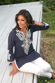 RENA TUNIC Ethnic Fashion, Indian Fashion, Mature Women Fashion, Womens Fashion, What To Wear Today, How To Wear, Cool Outfits, Summer Outfits, Modern Hijab
