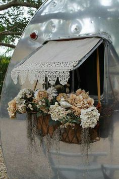 Go glamping in a proper manner. Beautiful camper or tent window/awning coverings.now this is what you call GLAMPING! Caravan Vintage, Gypsy Caravan, Gypsy Wagon, Vintage Caravans, Vintage Travel Trailers, Gypsy Trailer, Vintage Airstream, Shabby Chic Caravan, Airstream Bambi