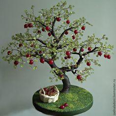 """Купить Дерево Яблоня из хризолита и агата """"Пора рубиновых яблок"""" - красный, зеленый, натуральный хризолит"""