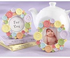 """""""Cute as a Button"""" Round Photo Frame.darling baby shower favors, decorations, or new baby gifts Fiesta Baby Shower, Baby Shower Favors, Shower Party, Baby Shower Parties, Baby Shower Gifts, Baby Showers, Diy Shower, Shower Prizes, Kids Crafts"""