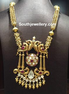 Antique Gold Necklace with Peacock Pendant - Indian Jewellery Designs Pendant Jewelry, Gold Jewelry, Gold Necklace, Gold Pendant, Diamond Necklaces, Pendant Necklace, Gold Earrings Designs, Necklace Designs, Indian Jewellery Design