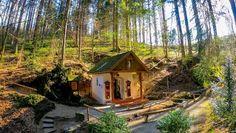 Wanderwege in Rohrbach: die schönsten Touren der Region Cabin, House Styles, Home Decor, Hiking Trails, Ruins, Tourism, Road Trip Destinations, Tours, Decoration Home