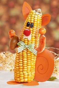 Crafts with corn on the cob: squirrels in autumn Autumn Crafts, Nature Crafts, Diy And Crafts, Crafts For Kids, Christmas Crafts To Sell, Pumpkin Crafts, Autumn Activities, Fall Diy, Simple Christmas